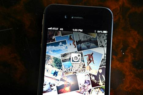 Instagram logo iPhonen näytöllä.