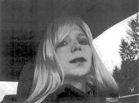 Sukupuoltaan korjannut Chelsea Manning vuonna 2010.