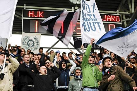 HJK:n liiga-avaus Jaroa vastaan keräsi 6. huhtikuuta Sonera-stadionille 3 352 katsojaa.