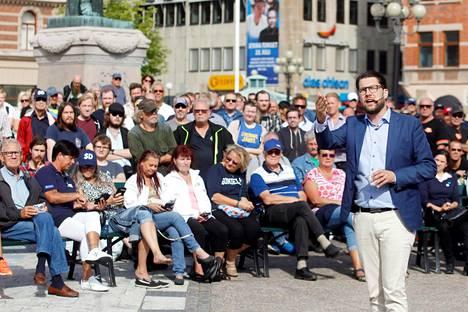 Ruotsidemokraattien puheenjohtaja Jimmie Åkesson puhui puolueen kampanjatilaisuudessa Sundsvallissa Ruotsissa viime viikon perjantaina.
