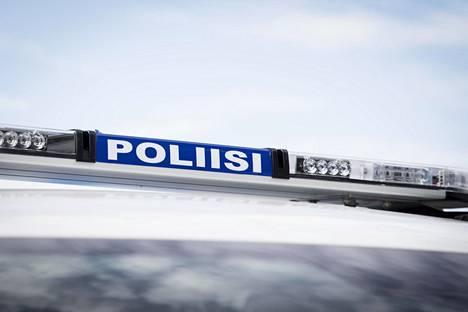 Poliisi tutkii tapausta liikenneturvallisuuden vaarantamisena ja vammantuottamuksena.