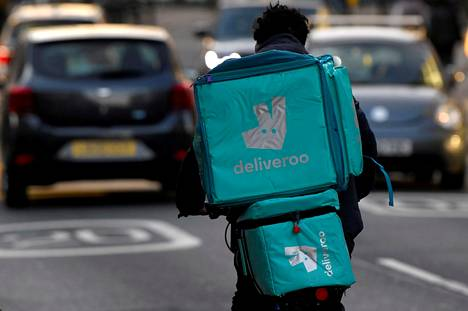 Ruoankuljetusyhtiö Deliveroo listautuu pian Lontoon pörssiin.