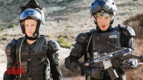 Harry Lister Smith Brian ja Alex Mills näyttelevät keskellä New Mexicon aavikkoa asuvia veljeksiä.