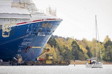Carnival Cruise Linen tilaamaa loistoristeilijää Mardi Gras'ta rakennettiin torstaina Meyerin Turun-telakalla.