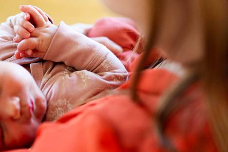 Selvä enemmistö lapsensa menettäneistä, 83 prosenttia, oli ollut työstään pois vähintään kuukauden lapsen kuoleman jälkeen.