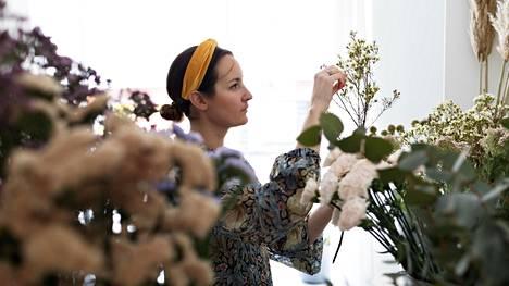 Wild Things -kukkakaupan kimppuja myydään nykyään Urbana-vaatekaupan lisäksi muun muassa Anton & Anton -ruokakaupoissa.