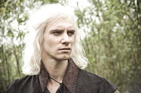 Uusi Game of Thrones -sarja kertoo Targaryenin suvun tarinan. Harry Lloyd esitti Viserys Targaryenia Game of Thronesin ensimmäisellä kaudella.