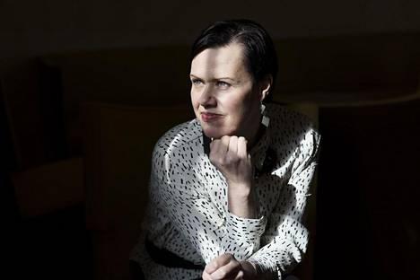 Kansanedustaja Maarit Feldt-Ranta kuvattiin 50-vuotishaastatteluun viime huhtikuussa.