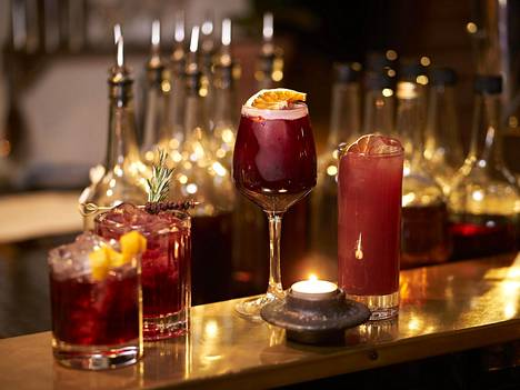 Glögi käy monen juoman pohjaksi tai mausteeksi.