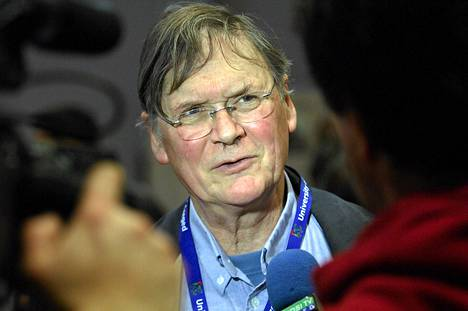 Nobelin vuonna 2001 saanut tutkijaTim Hunt jätti kunniaprofessorin virkansa.