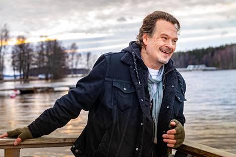 Juha Lehti on tehnyt elämäntyönsä Sir Elwoodin hiljaiset värit -yhtyeessä.
