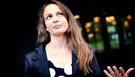 """""""Team Finlandissa voisi olla eri toimialojen osaajia, jotka osaisivat kuunnella herkällä korvalla kenttää"""", Petra Theman toivoo."""