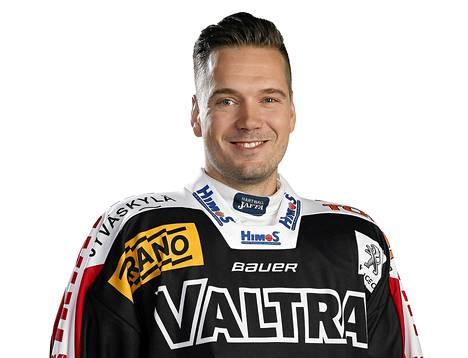 Hyökkääjä Antti Jaatinen aloitti kautensa JYPissä.