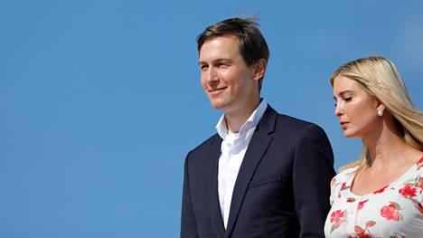 Ivanka Trump ja Jared Kushner ovat paitsi presidentti Donald Trumpin perhettä myös tämän korkeita neuvonantajia.