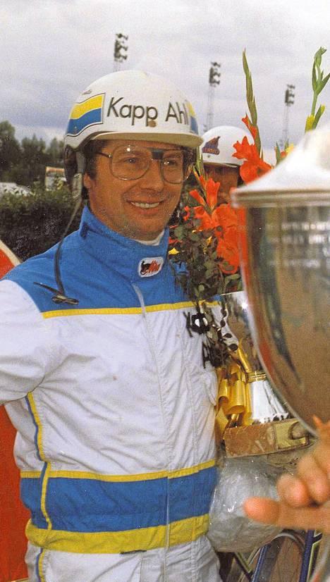 Jorma Kontio ja Ebony Eyes voittivat Derbyn 1993.