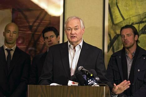 NHL:n pelaajayhdistyksen toimitusjohtaja Donald Fehr kertoi sopimusneuvottelujen katkeamisesta torstaina New Yorkissa.