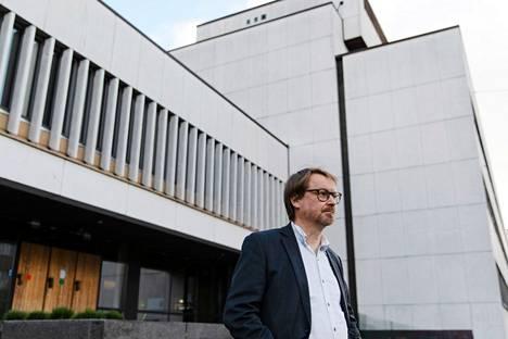 Helsingin yliopiston zoonoosivirologian professori Olli Vapalahti ei nykytietojen valossa pidä C36-muunnosta suurena uhkakuvana.