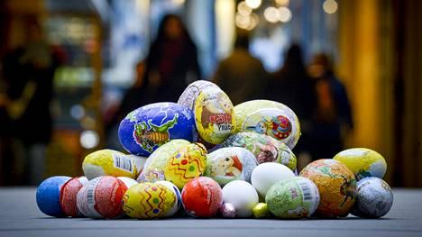Pääsiäismunista yhä suuremmassa osassa on käytetty eettisesti tuotettua kaakaota, kertoo Finnwatchin selvitys.