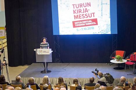 Ohjelmajohtaja Jenni Haukio avasi Turun kirjamessut 2018.