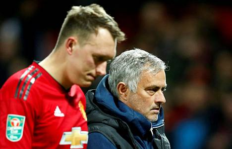 José Mourinhon luotto Phil Jonesin rangaistuspotkutaitoihin ei ole korkealla.
