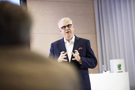 Metsäyhtiö UPM:n toimitusjohtaja Jussi Pesonen.