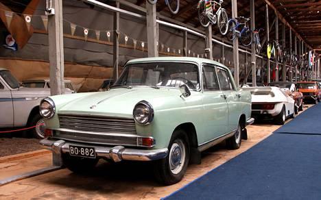 Espoon automuseo on toiminut vanhassa kartanon kivinavetassa vuodesta 1979 lähtien.