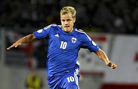 Teemu Pukki on Suomen jalkapallomaajoukkeen ykköshyökkääjä.