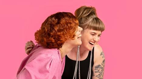 Tunnekulttia toimittavat Jenniina Järvi ja Julianna Brandt.