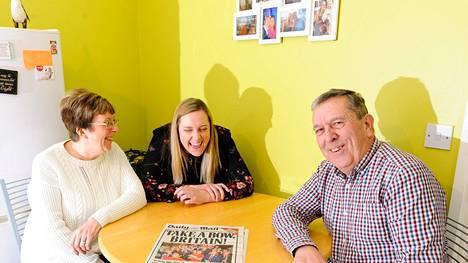 Linskeyn perhe – John, Teresa ja Lauren-tytär – kannattaa Ukip-puoluetta ja brexitiä. Heistä Britannian EU-ero ei voi tulla liian aikaisin. Peterborough'n brexit-väen voitonjuhliin kansanäänestysyönä osallistunut perhe pääsi myös Daily Mail -lehden kanteen.