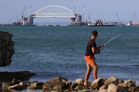 Venäjä rakentaa Krimille Venäjän Tamanin niemimaan ja Krimin yhdistävää rautatie- ja maantiesiltaa.