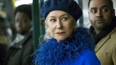Helen Mirren elokuvassa Kaikenkattava kauneus.