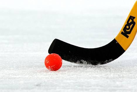 Suomi ei osallistu lokakuulle siirrettyihin jääpallon MM-kisoihin.