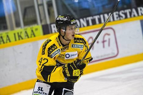 Kasperi Kapanen pelasi viime kaudella KalPassa.