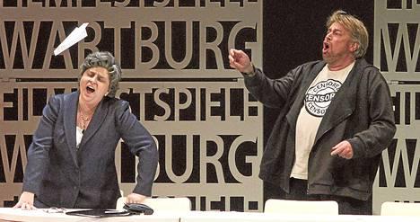 Venäläissopraano Irina Khurilova ja tanskalaistenori Stig Anderson lauloivat Timofei Kuljabinin oopperaohjauksessa Novosibirskissä.