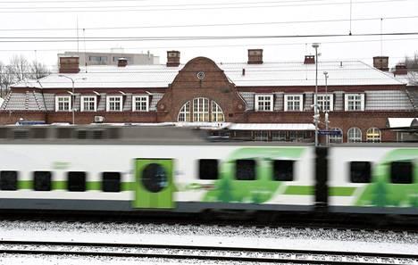 Hämeenlinnan rautatieasema 2. tammikuuta 2017.