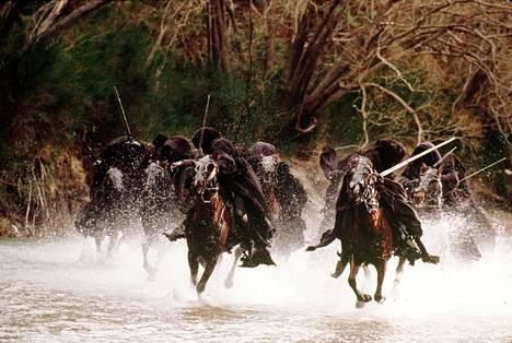 Kuva Peter Jacksonin ohjaamasta Taru sormusten herrasta – Sormuksen -ritarit -elokuvasta