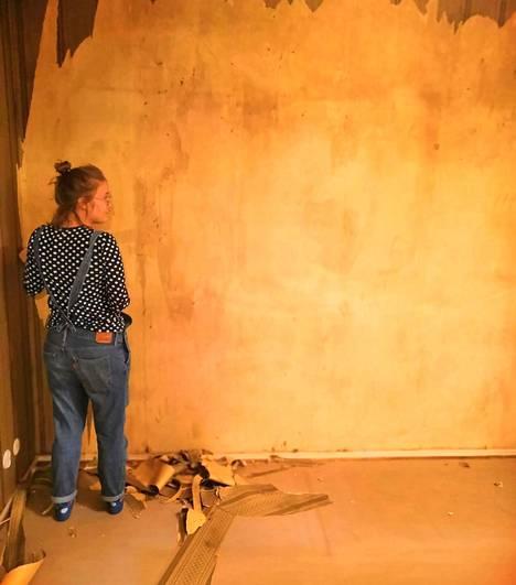 Sarina Hannonen remontoi isänsä kanssa miniyksiönsä lähes lattiasta kattoon.