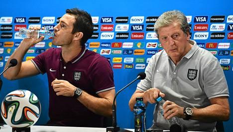 Frank Lampard on Englannin päävalmentaja Roy Hodgsonin luottopelaaja. Hodgson toivoo Lampardin jatkavan uraansa maajoukkueessa.
