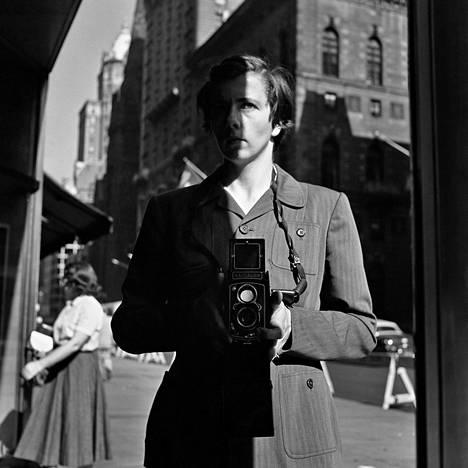 Vivian Maier: October 18, New York, 1953, valokuva.