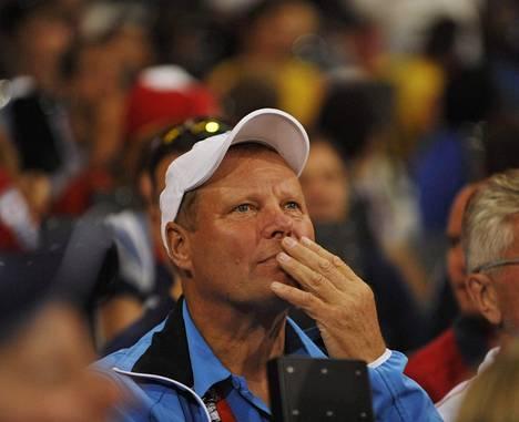 Keihäsvalmentaja Kari Ihalainen Lontoon olympialaisissa vuonna 2012.