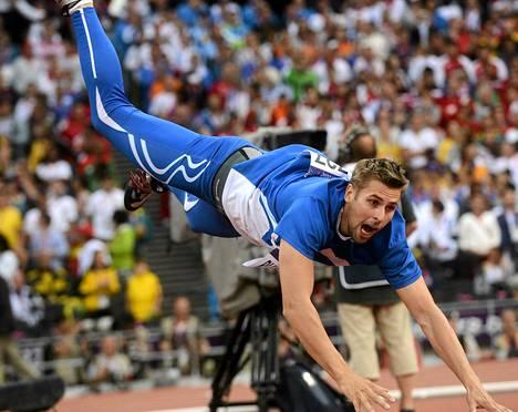 Antti Ruuskanen heitti olympiapronssia omintakeisella tyylillään.