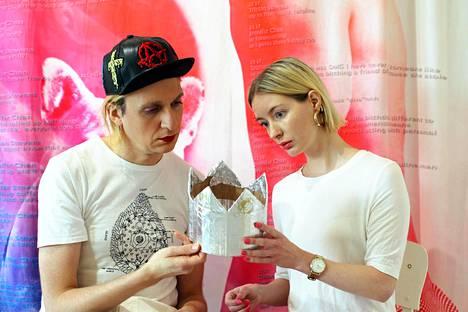 Kim Modig ja Heidi Wennerstrand pohtivat tulevaisuutta.