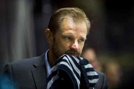 Pelicansin päävalmentaja Petri Matikainen.