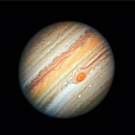 Jupiter on aurinkokuntamme isoin planeetta. Sen läpimitta on vajaat 140000 kilometriä.