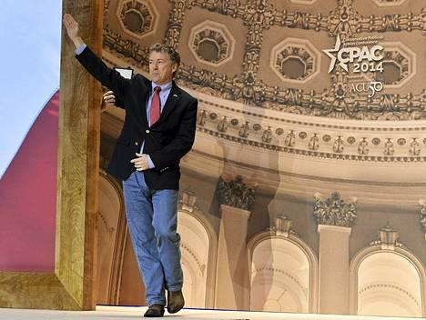 Rand Paul on aatteellisesti libertaari, eli hän kannattaa kiihkeästi yksilön vapauksia valtiota vastaan.