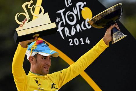 Italialainen Vincenzo Nibali voitti tämän vuoden Tour de Francen, joka alkoi Isosta-Britanniasta.