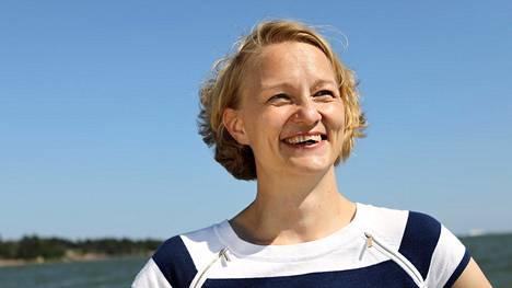 Matinkylän ranta Espoossa on Mervi Kataiselle tärkeä paikka, jossa hän lenkkeilee ja pyöräilee paljon.