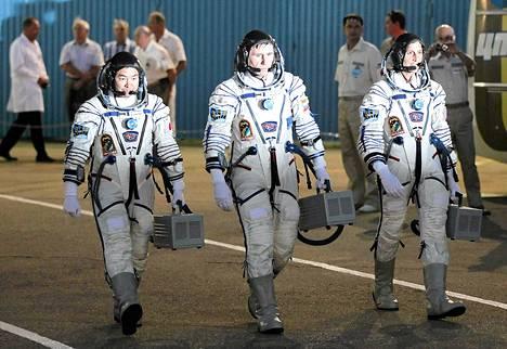 Juri Malesenko, Sunita Williams ja Akiho Hoshide lähtivät kansainväliselle avaruusasemalle.