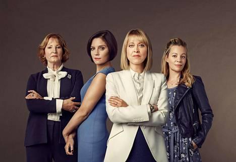Eroja ja avioeroja -sarjan pääosissa on taitavia brittinäyttelijöitä: Deborah Findlay (vas.), Annabel Scholey, Nicola Walker ja Fiona Button.