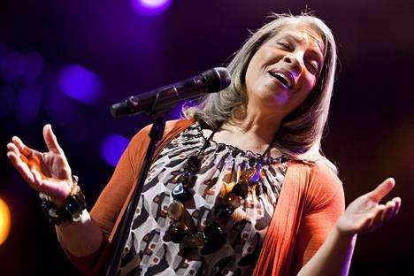 Patti Austin esiintyi Montreaux Jazz Festivalilla kesällä 2011.